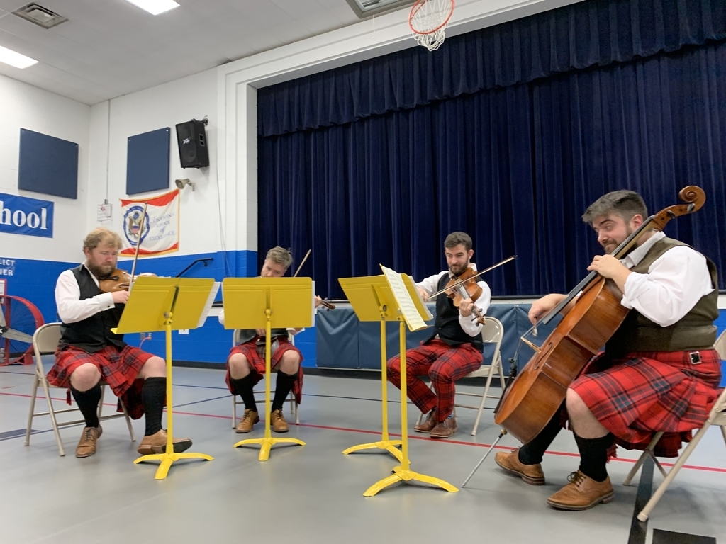 The Maxwell Quartet visited Mills Lawn School on Monday, October 28.