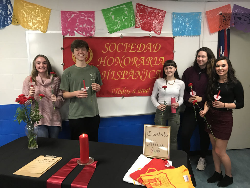 five YSHS students were inducted to the Sociedad Honoraria Hispánica.